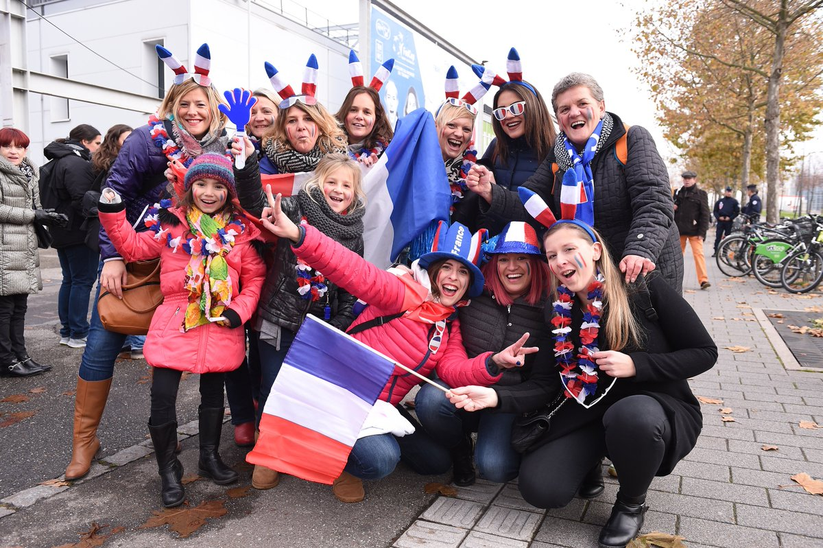 FED CUP 2016 : Groupe Mondial  - Page 10 CxDwyWXXUAAhnBo