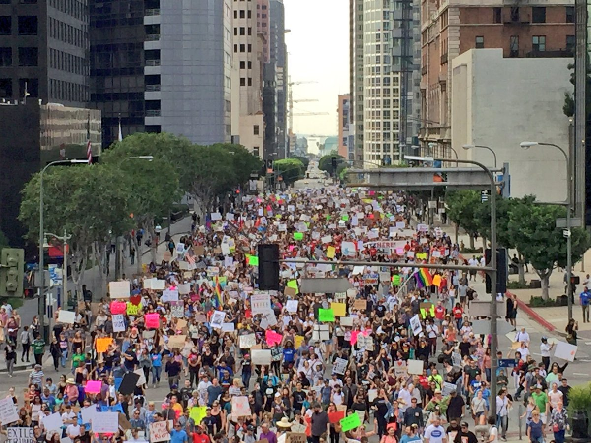 Photos: Largest Anti-Trump Protest Yet Swarms In Downtown L.A. For Fifth Day https://t.co/JmPh2BI8jr https://t.co/MBT6SuVjiY