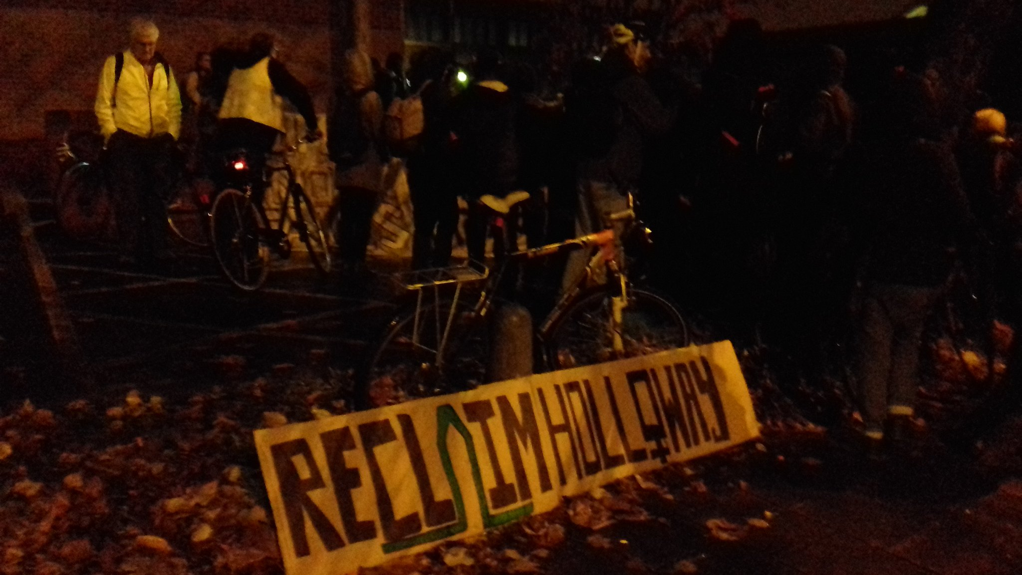 At #ReclaimHolloway demo!  Important end to important  #landforwhat day!  Come and join us! https://t.co/HAB1diVlyW