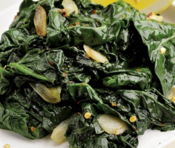 Simple Sauted Spinach Healthy and delicious side dish