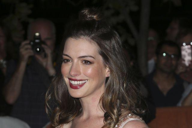 Leonardo DiCaprio, Anne Hathaway at Toronto naturalbeauty makeup beautyexpert