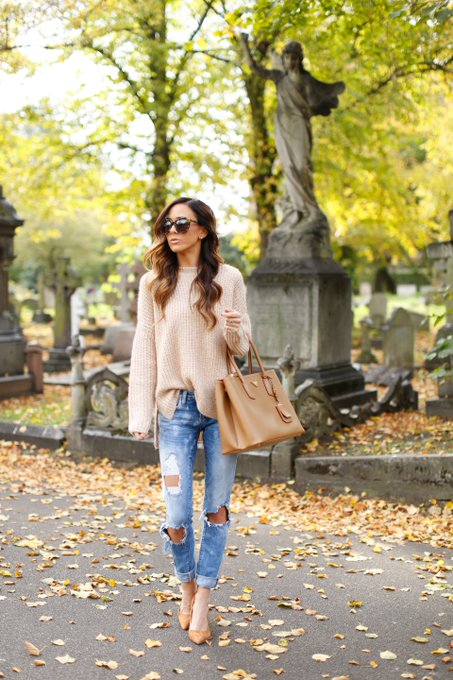 HAPPY HALLOWEEN + COZY FALL OUTFIT via Sequins and Things Alyson_Haley ootd