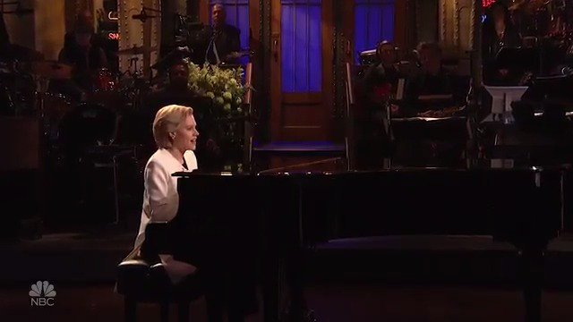 Tonight's cold open with Kate McKinnon. #ChappelleOnSNL https://t.co/zZhQOLhKXY