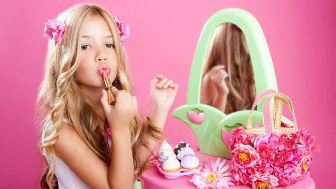Daughter debates: Should young girls wear makeup out the house?
