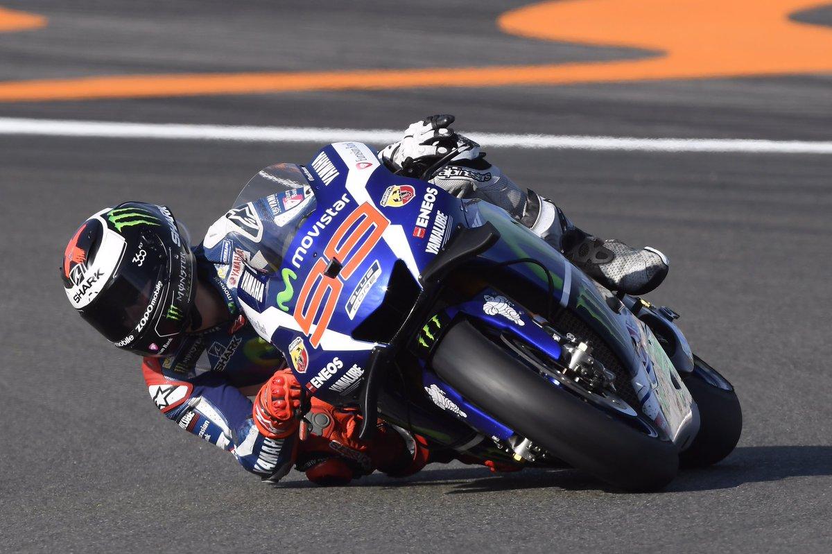 MotoGP Valencia: Dominio Lorenzo davanti a Marquez, Iannone e Rossi.