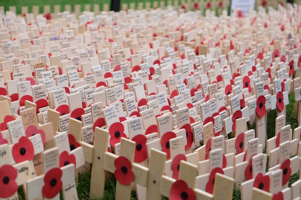 At 11am there will be a two-minute silence to honour all those who never came home #RemembranceSunday #RememberThem