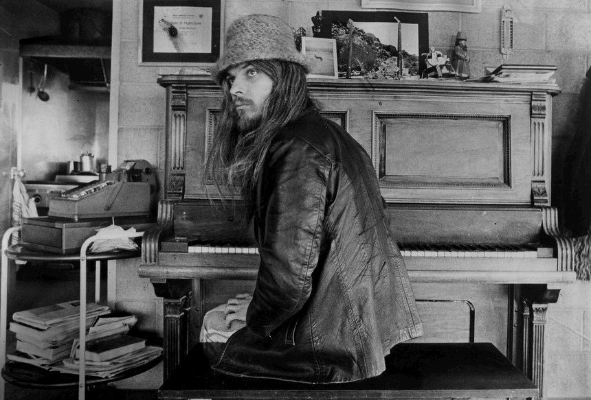 RIP, #LeonRussell. (We give up, 2016. We give up.) https://t.co/WiOeoCQ6Il https://t.co/V2jiHDtD8e