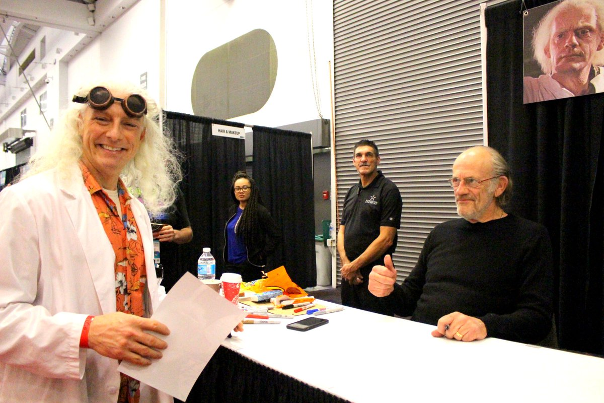 This was my favourite moment at #FANEXPOVAN when Doc Brown met himself and got his autograph! https://t.co/6myOUZIX1N
