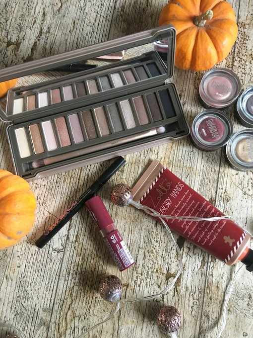 My October beauty favourite's bbloggers bloggersblast UKBloggers1 BloggerBees