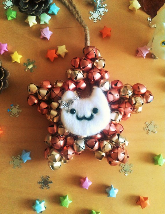 Can you hear the catbells? #Xmas decorations for real #catlovers #HandmadeHour Only 1 left!  http:// infinitefluffs.etsy.com  &nbsp;   <br>http://pic.twitter.com/tMZHxmuQF9