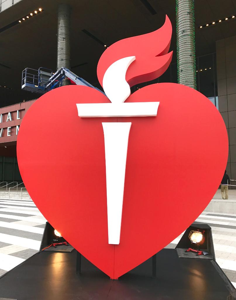Don't miss anything from Scientific Sessions day 2! Visit https://t.co/7WUgz82NAa and follow @HeartNews #AHA16 https://t.co/nhSTkLMCBD