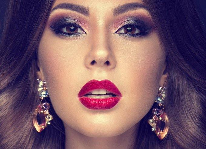 All about that base: beauty bloggers go bonkers for blending makeup beautyblogger