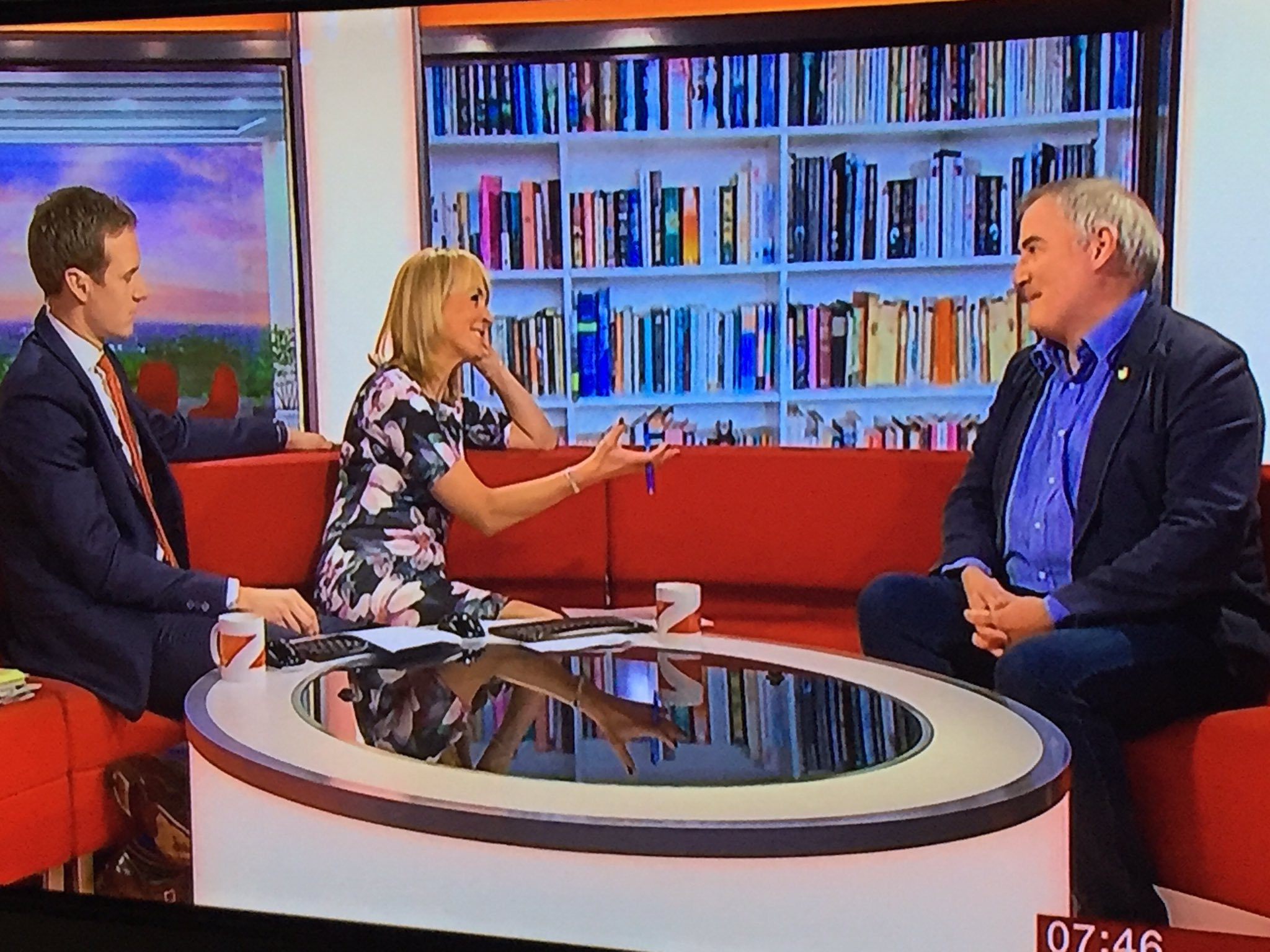 """@BBCBreakfast@chrisriddell50 @ASCELUK #ASCELconf16  """"A library is a haven"""" Twice in two days- I never tire of listening to this guy! https://t.co/YpnuKaJEZ8"""