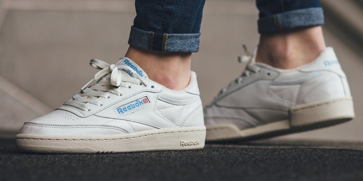 93b1a5406aa  Restock Reebok CLUB C 85 Vintage - Chalk Paper White Athletic Blue Excellent  Red shop here ▷ http   bit.ly 2euAWl0  reebok  clubcpic.twitter.com  ...