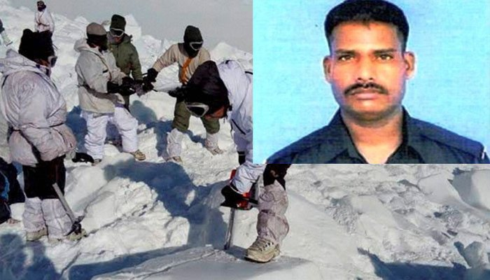 Shaheed Hanumanthappa waited 6days,35ft under snow,in-45°C,in hope of being rescued. Surely,we can wait few hrs in line to rescue Our Nation