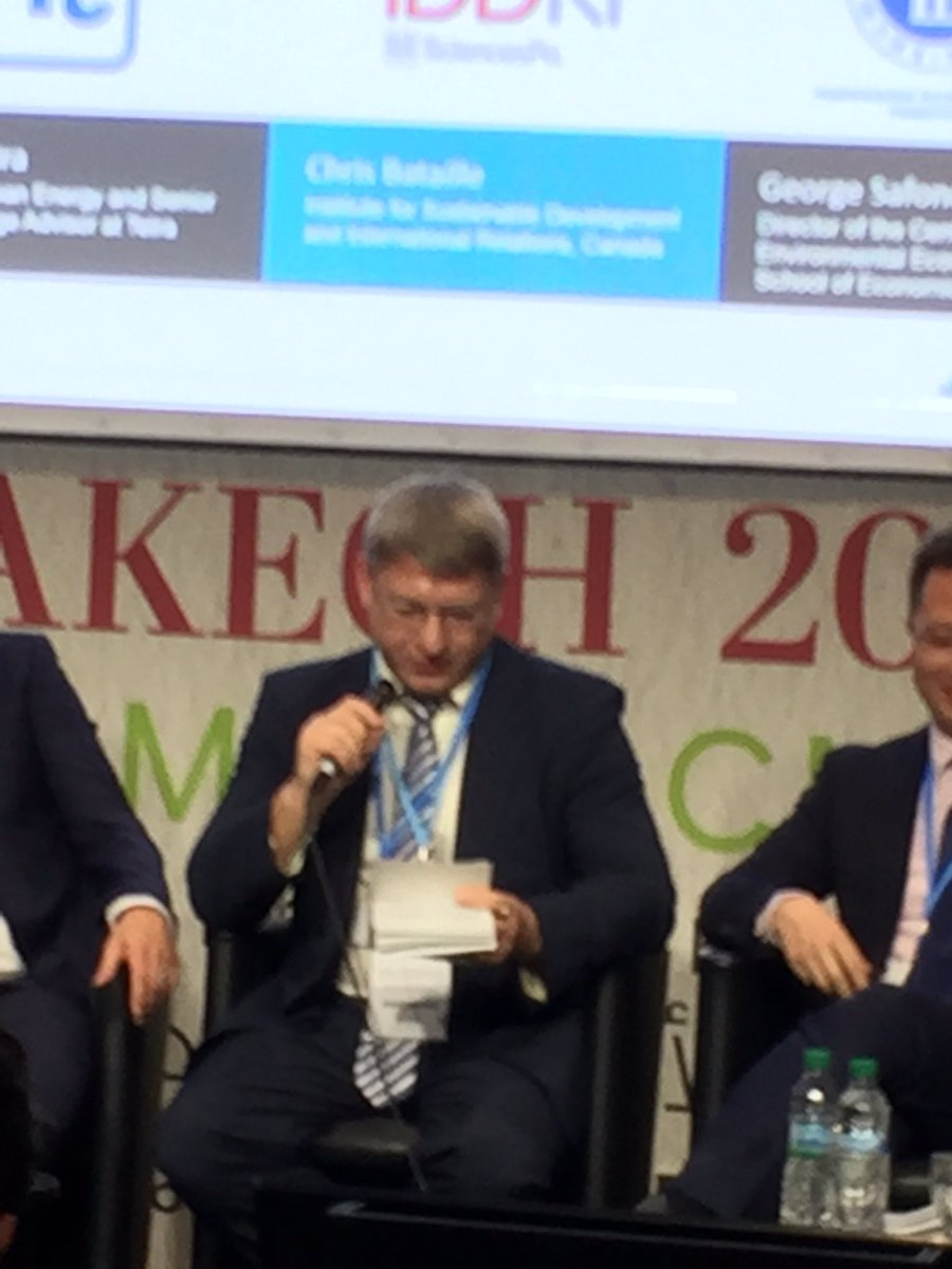 Russian signals to ddpp process: -old infrastructure -Russia going in the wrong direction. BUT we will do it! #LESC22 #COP22 #ddpp #sdsn<br>http://pic.twitter.com/j7GWwApluR