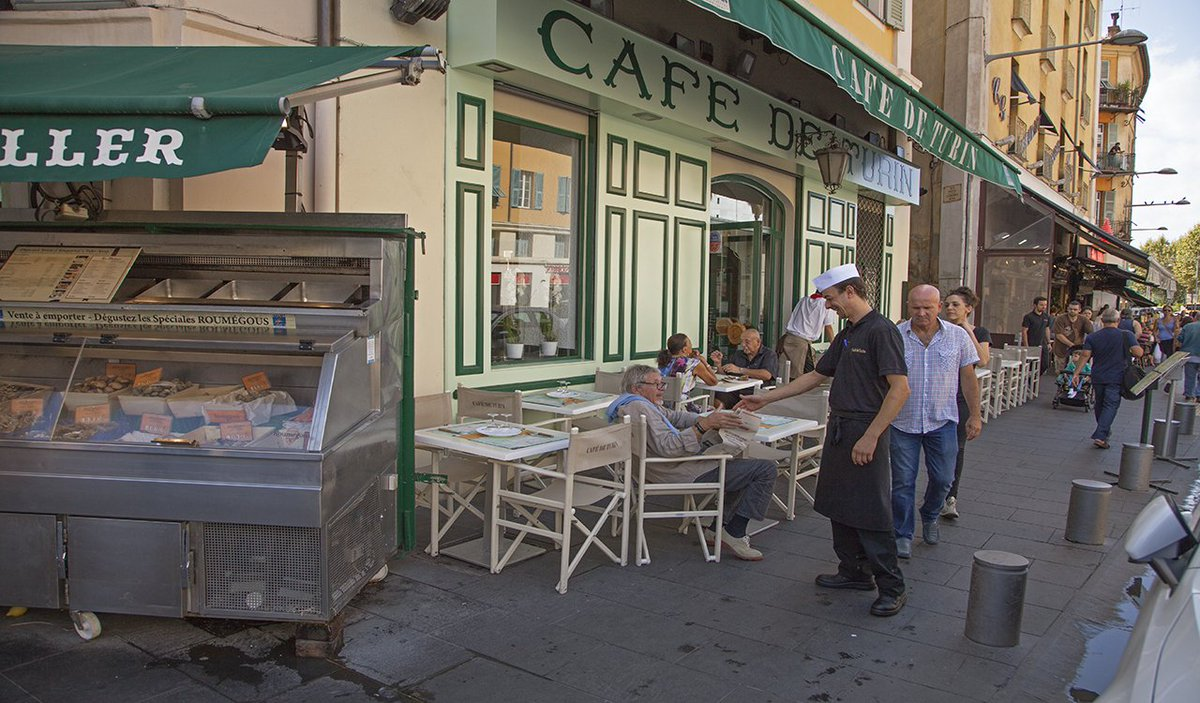 paul shawcross on twitter how about some lunch at the caf de turin on the edge of vieux nice. Black Bedroom Furniture Sets. Home Design Ideas