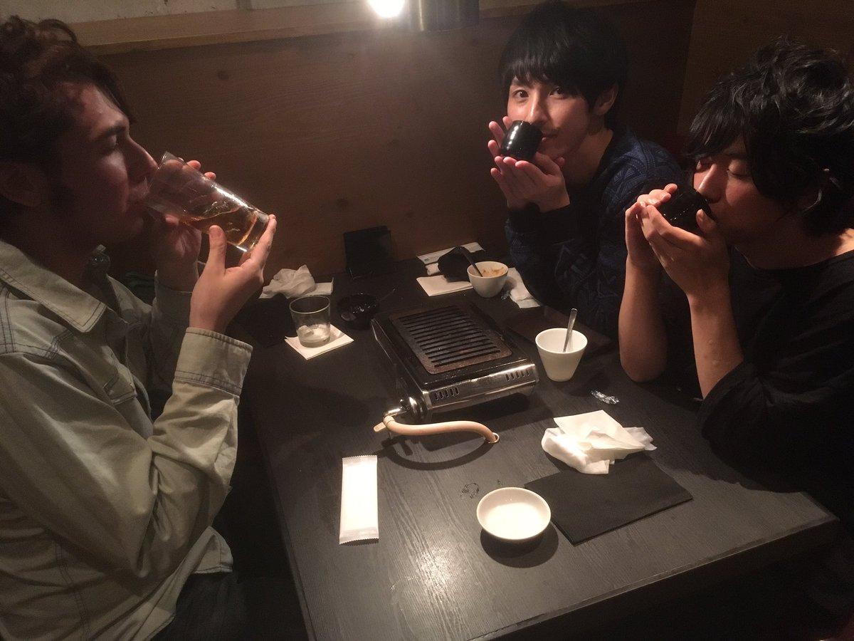 久しぶりの彩の3人の再会を祝してオシャレなお店で食事してきましたー♪( ´▽`) 彩高な1日だったぜいー!!!