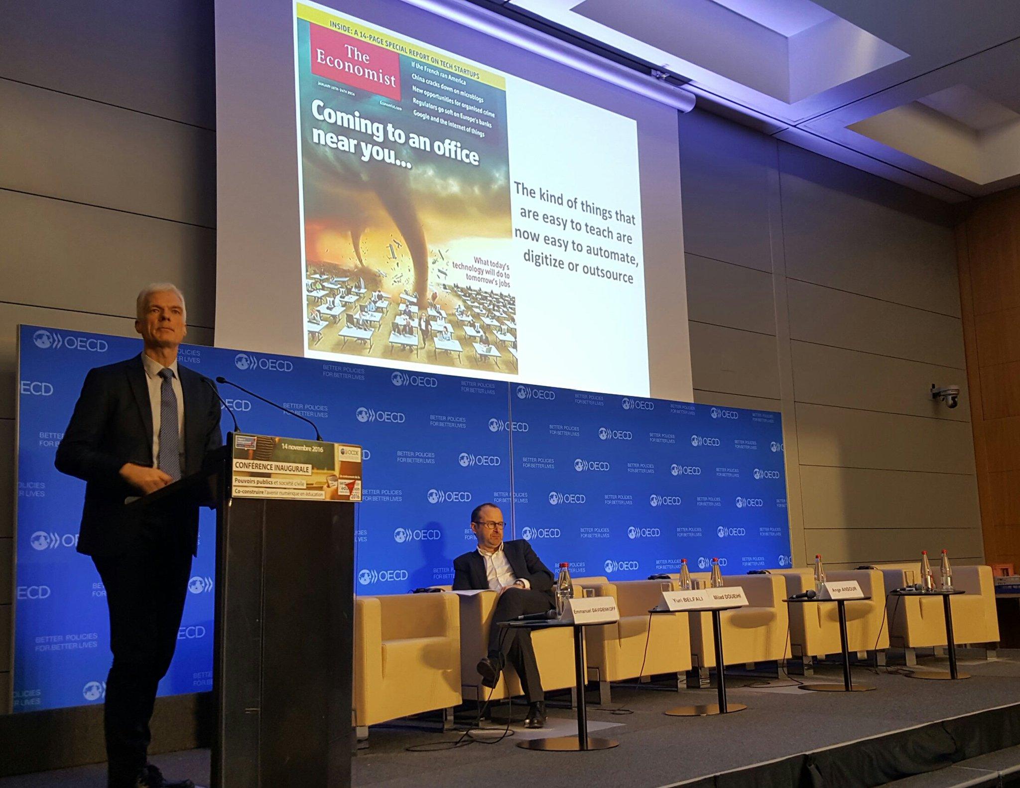#ParisEdWeek Andreas @SchleicherOECD est directeur de la direction de l'éducation et des compétences @OECD https://t.co/w61pIImpd3