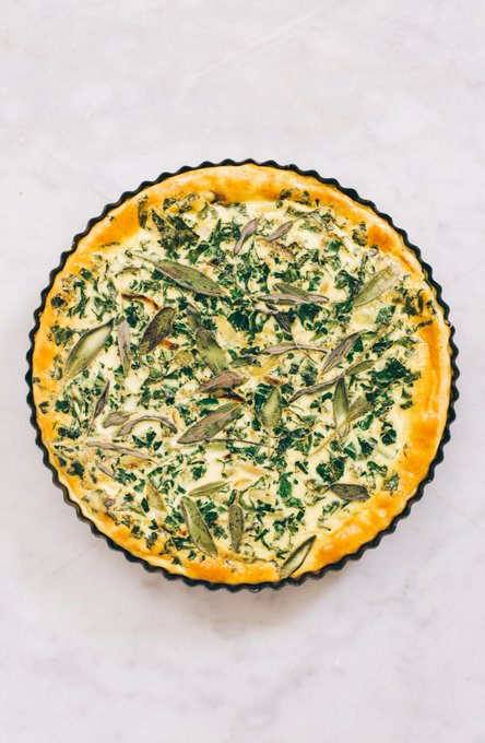 Kale and Onion Quiche ://