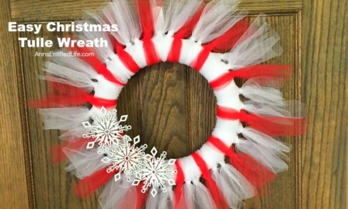 Learn how to make an Easy Christmas Tulle Wreath! DIY crafts Anns_Life