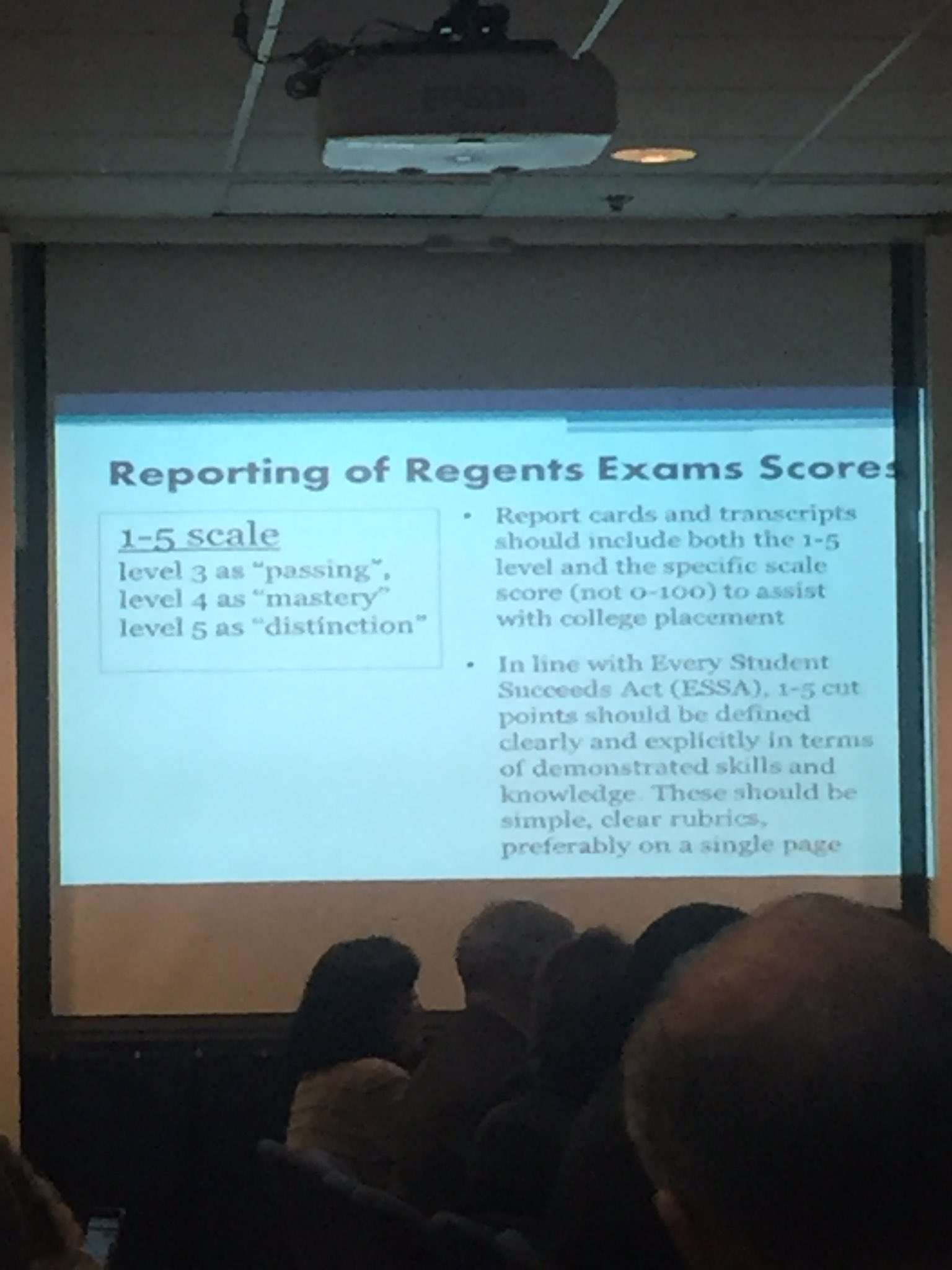 Workgroup says reporting of regents exam scores should start fresh, 1-5 scale, not 0-100 scale @NYSEDNews @NYSPTA This is a BIG shift https://t.co/7obVI6FaZH