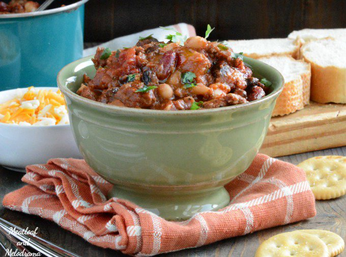 Chilly days call for spicy beefy 3 bean chipotle chili! ://