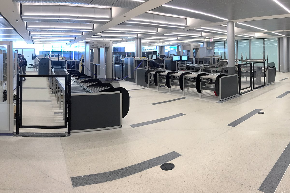 Today we became the first U.S. based carrier with state-of-the-art, automated screening lanes at multiple airports. uafly.co/1RgvDV