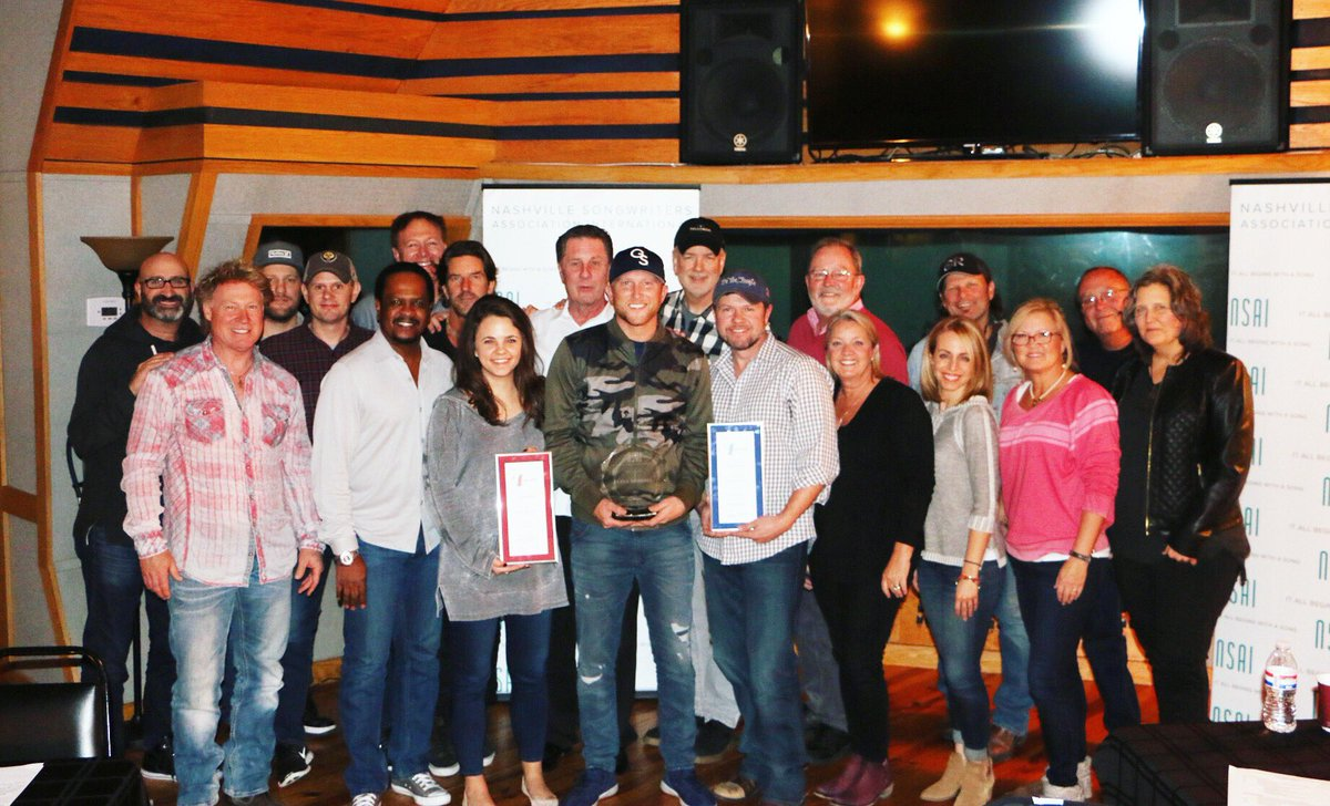 .@coleswindell accepting his award for NSAI Songwriter/Artist of the Year at our board meeting today! Congrats