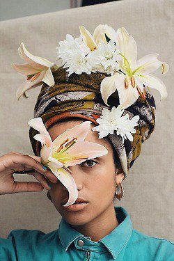 10 Ways to Tie a Headscarf beauty beautycoliseum