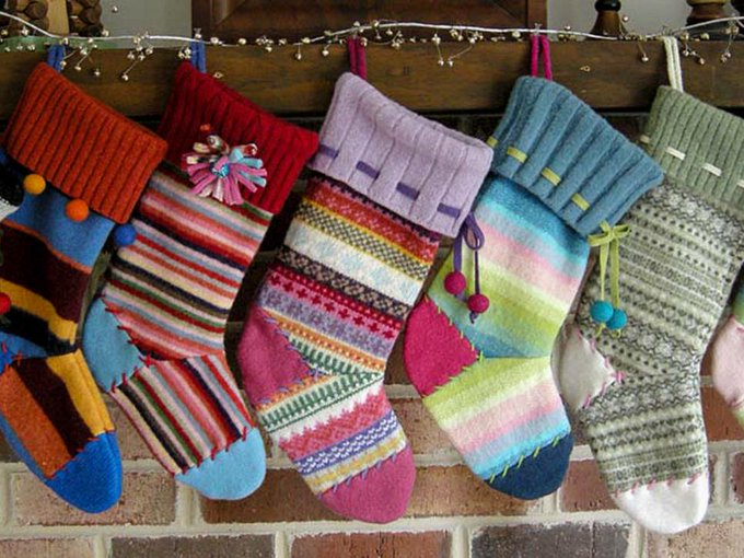 Style stockings from scraps of old sweaters. DIY bhhspremier