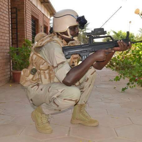"""السودان يختار البندقيه الهجوميه الصينيه QBZ-97 من اجل برنامج """" كومبو """" للتطوير  CxTR8g9XgAEqxay"""