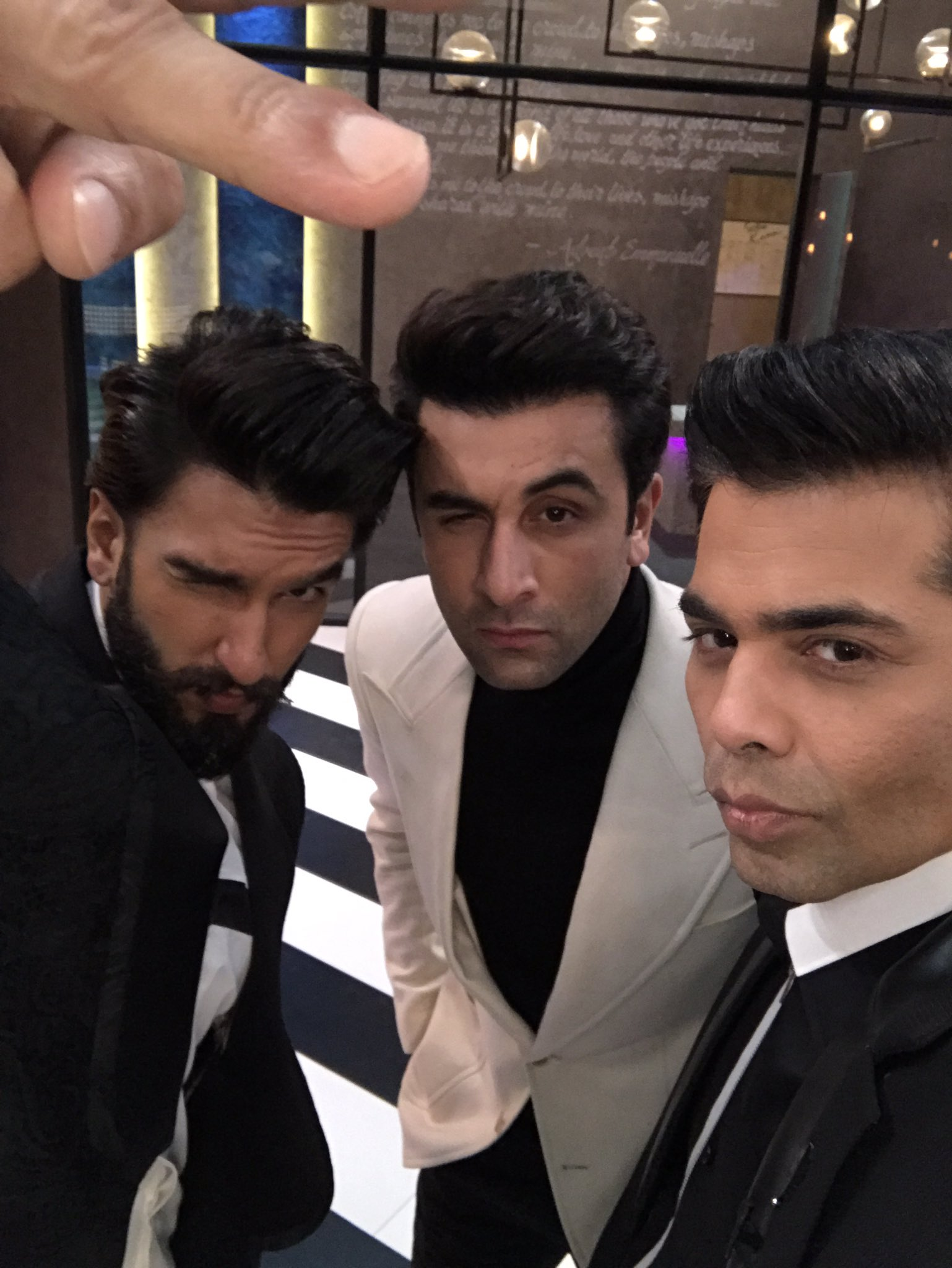 This is what happened today!!! #koffeewithkaran https://t.co/zZZHuaVHiB