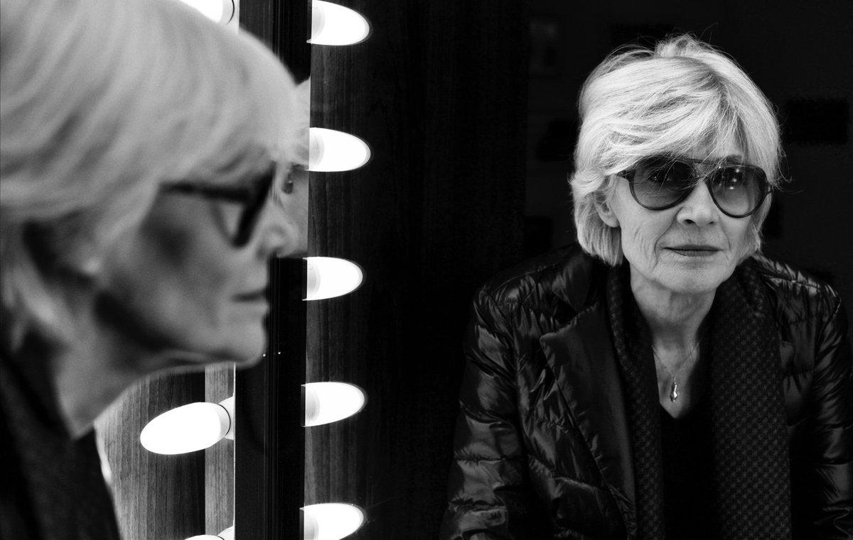Demain 15H #FrançoiseHardy est mon invitée sur @europe1 #Dequoijailair #E1Nikos pour son ouvrage #Uncadeauduciel