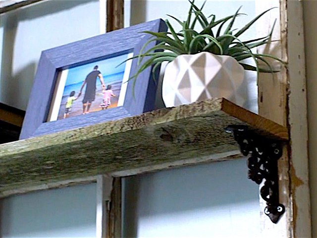 5 Easy Step to Make Your Own Reclaimed WoodShelf | | fasteners DIY