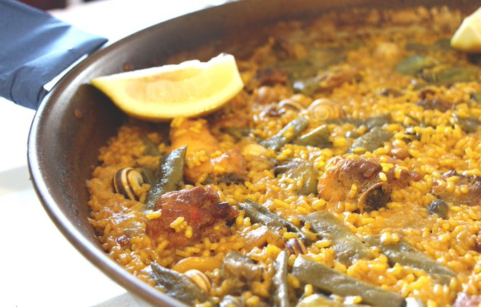 spain: Spanish cuisine is known all over the world.Discover some famous !