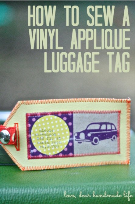 This DIY vinyl-applique luggage tag is perfect for your Craftcation luggage!