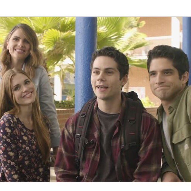 Season 6 FINAL SEASON of @teenwolf premieres tonight!!! https://t.co/UdFrGpO3Vc