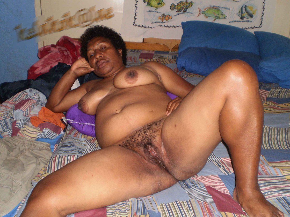 papua-nugini-porn-picture-sexy-girl-dominating-oldman