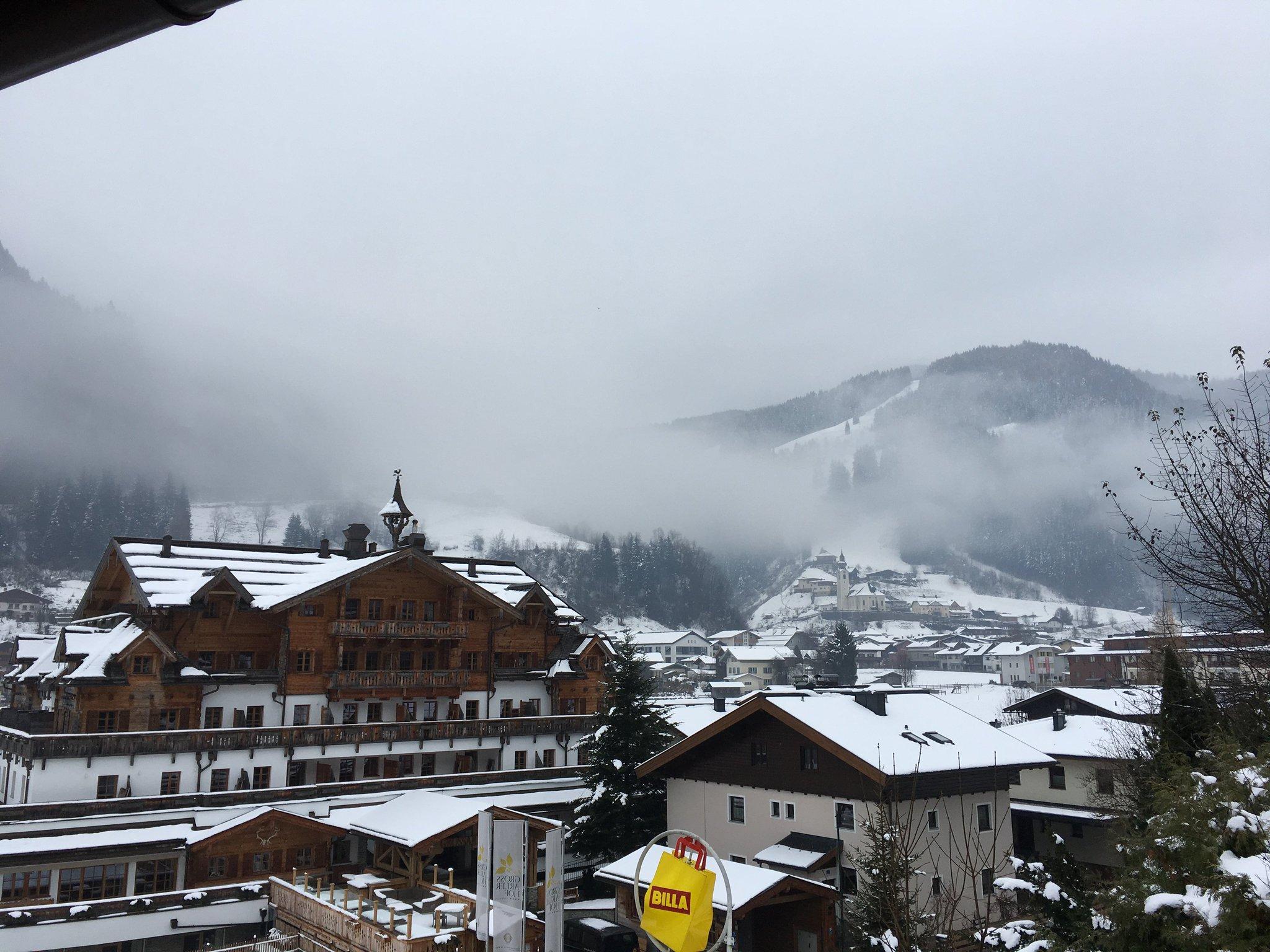Großarl im Nebel heute Morgen #meurers #tauernhof https://t.co/A0GOn5OiPC