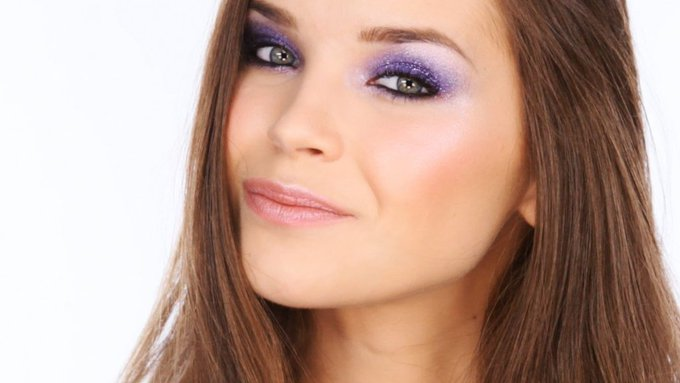 Colourful Glitter Party Eyes Tutorial MakeUp LoveYouLisa -