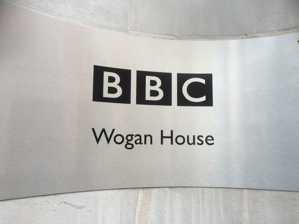 A lot of new signage in Sir Terry's honour today as Western House is renamed https://t.co/Mox0Ulu11S