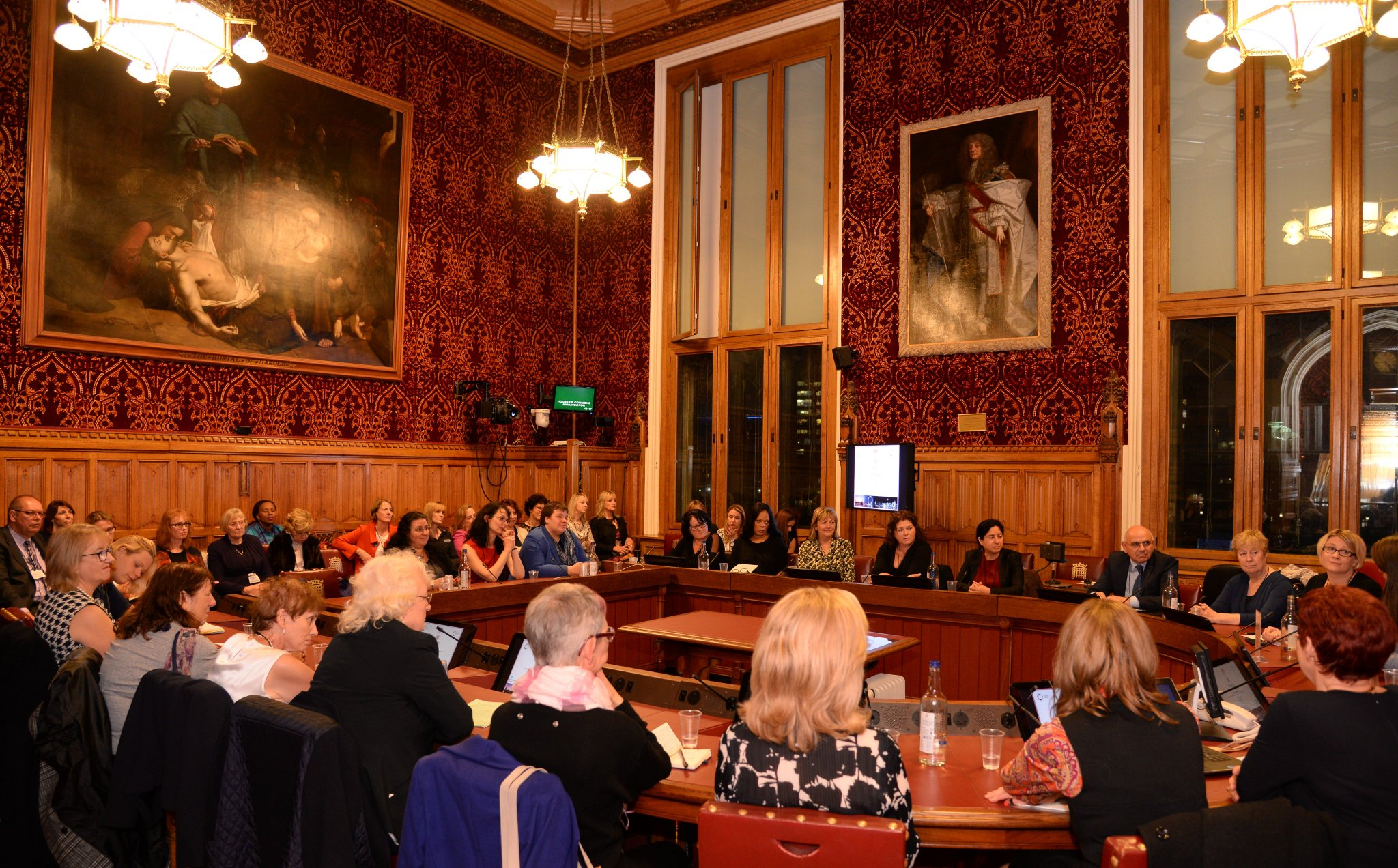 #GEW16 #Inspiring session with brilliant delegates! Thanks to all who contributed #ScaleUp roundtable @UKHouseofLords @EB4Women @GEWUK https://t.co/UF6EcqP8pQ