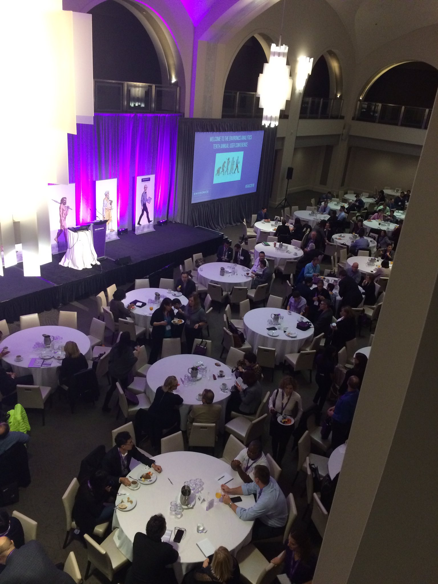 Our guests enjoying breakfast in the ballroom, welcome from @EnvironicsA  #EAUC2016 #datafoundation #marketing #breakfast #conference https://t.co/yJyAhhhvYf