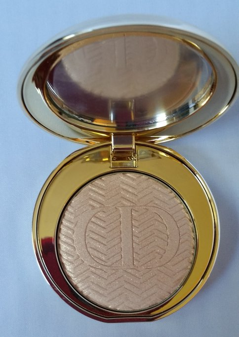 Hard to find item! Dior ebay makeup beauty style shimmer gold
