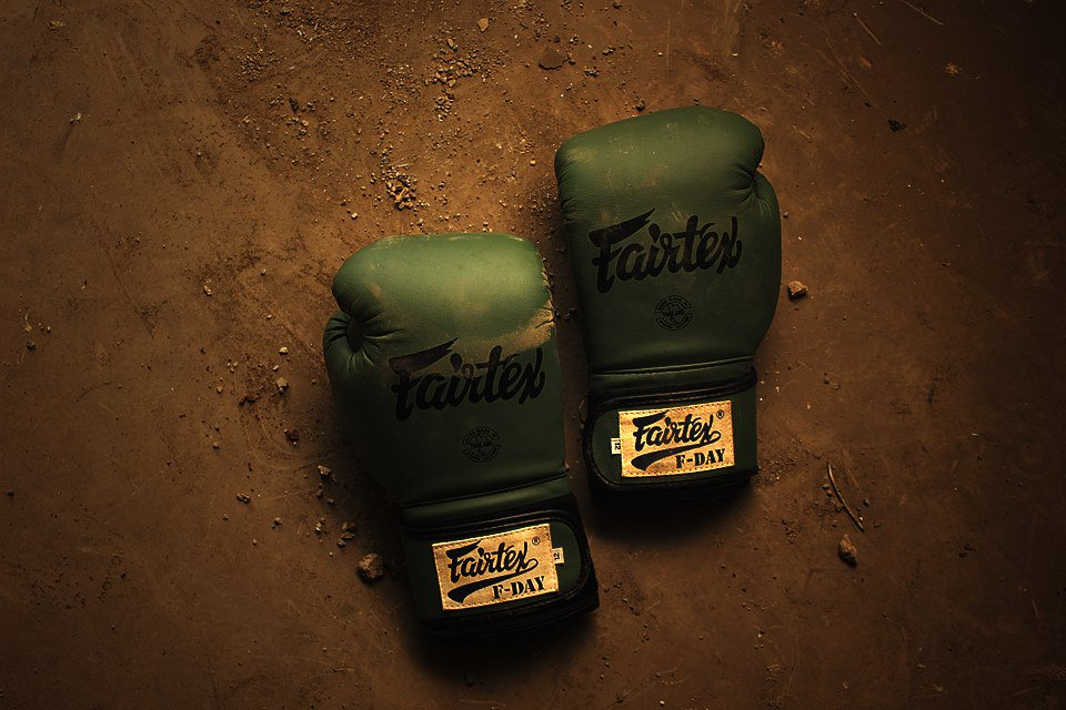 New Genuine Leather Fairtex Legacy Boxing Gloves Retro Classic Brown LatestModel