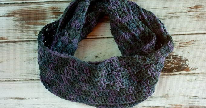 Primrose Crochet Stitch Infinity Scarf Pattern - diy crochet crafts