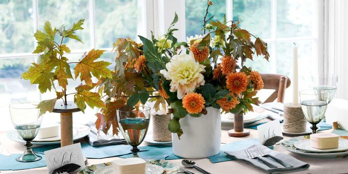 28 Thanksgiving Centerpieces That Will Make You Forget About the Turkey DIY