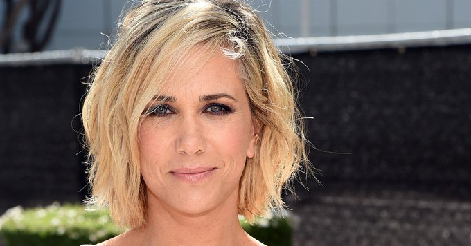 Kristen Wiig's New Pixie Cut Is One More Reason to Watch Her *... beauty women fashion