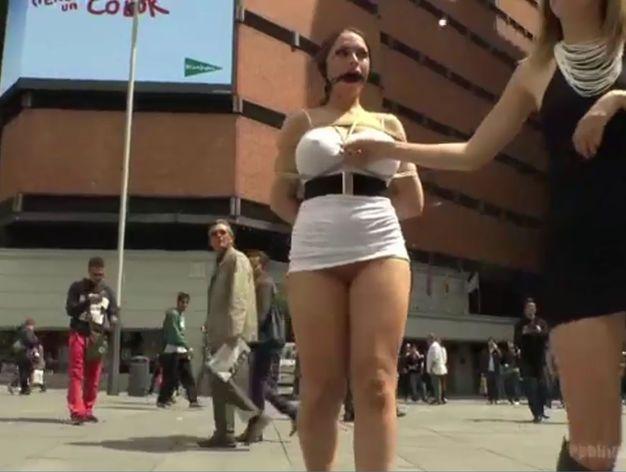 Noticia ruedan pelicula porno en las calles de madrid Ruedan Una Pelicula Porno A Plena Luz Del Dia En El Centro De Madrid Vozpopuli Scoopnest